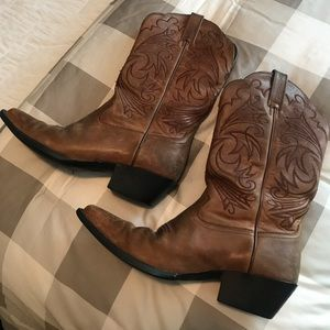 Ariat women's boots 7.5